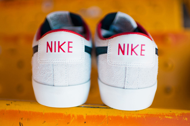 Nike SB Blazer GT White Obsidian Red