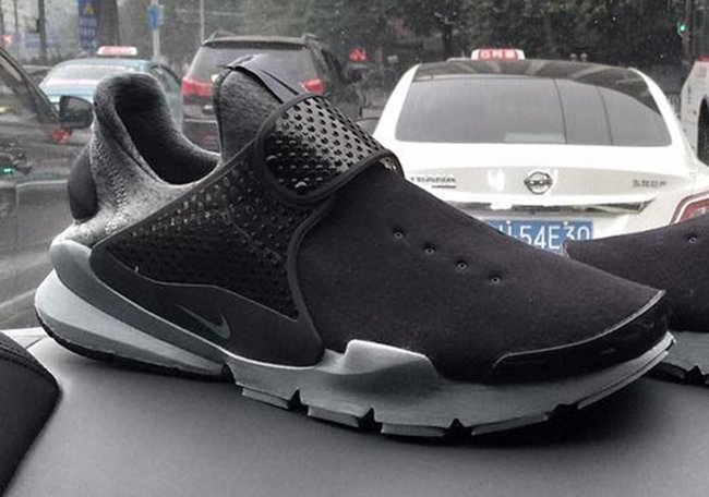 info for 80292 83c50 Nike Sock Dart Tech Fleece Black Grey
