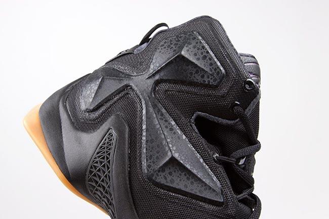 Release Nike LeBron 13 Black Lion
