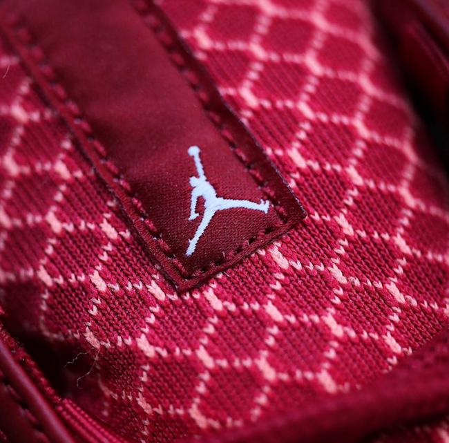 University Red Jordan Horizon