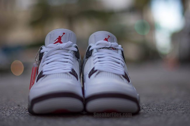 Air Jordan 4 OG White Cement