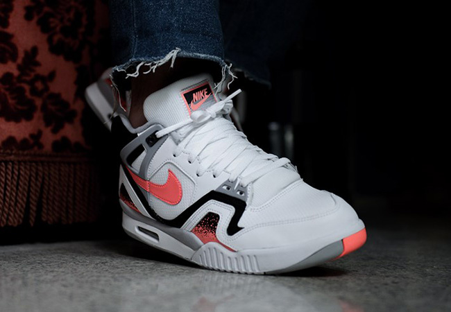 Nike Air Tech Challenge 2 Hot Lava 2016  9a249616fc17