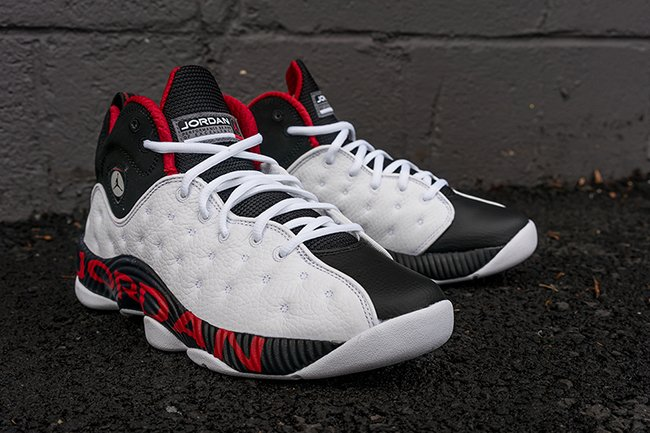 Jordan Jumpman Team 2 White Black Red