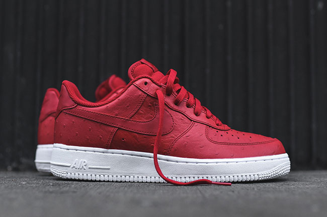 Nike Air Force 1 07 LV8 Red Ostrich