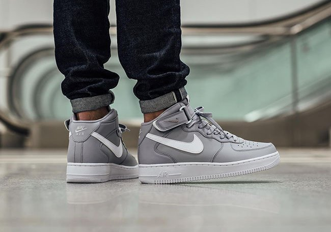 Nike Air Force 1 Mid Wolf Grey