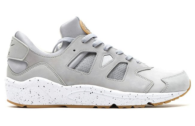 Nike Air Huarache International Wolf Grey