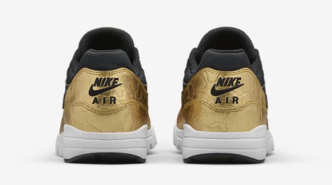 Nike Air Max 1 Super Bowl 50