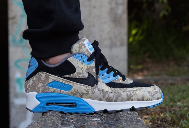Conception innovante 97e9c 93ae4 Nike Air Max 90 Digital Camo Blue Beige | SneakerFiles