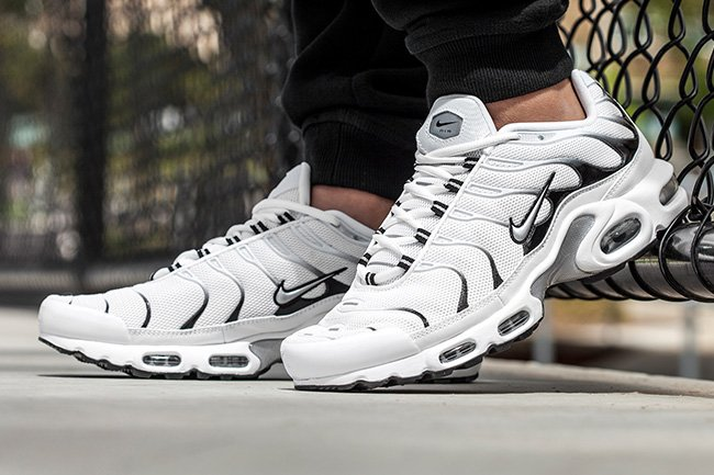 new arrival bae8b 4c23c Nike Air Max Plus Tuned 1 White Tiger | SneakerFiles