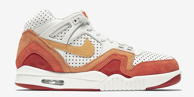 Nike Air Tech Challenge 2 QS Orange