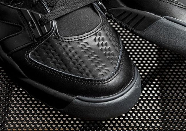 Nike Air Tech Challenge 3 Triple Black