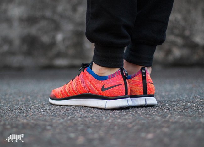 Nike Free Flyknit NSW Bright Crimson