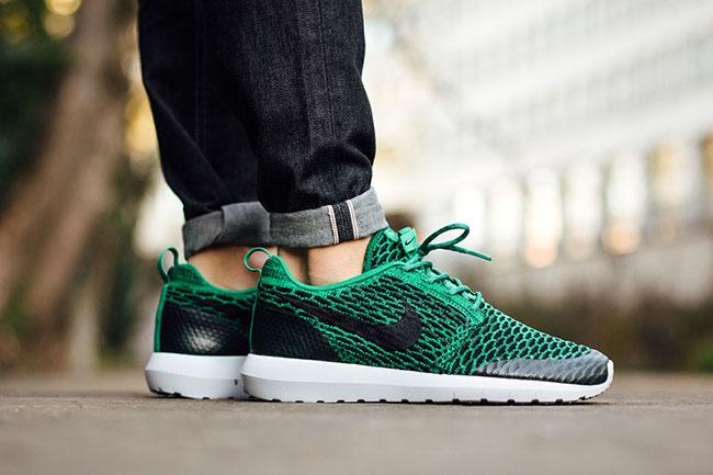 Nike Flyknit Roshe Lucide Vert