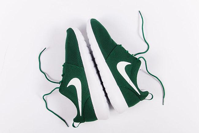 buy online 9f3cf 618d6 Nike Roshe One Gorge Green   SneakerFiles
