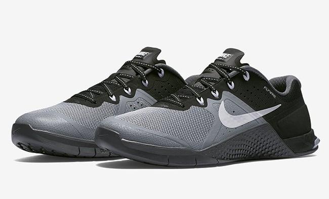 Nike WMNS Metcon 2 Stealth White Black