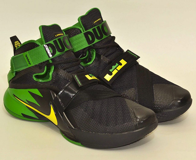 Oregon Ducks Nike LeBron Soldier 9