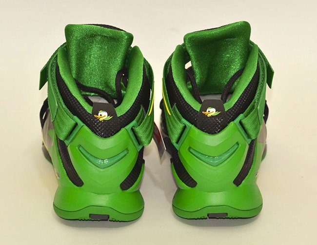 Oregon Ducks Nike LeBron Soldier 9