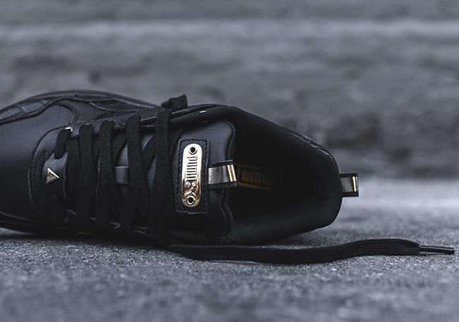 Puma WMNS R698 Exotic Black Gold