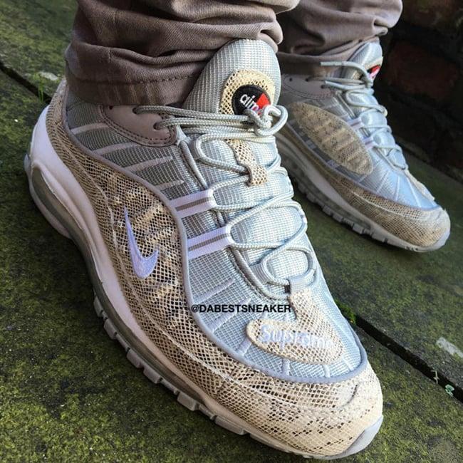 Supreme Nike Air Max 98 On Feet