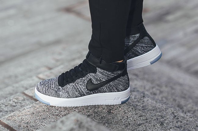 Nike Air Force 1 Low Flyknit On Feet
