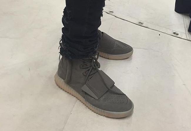 adidas Yeezy 750 Grey