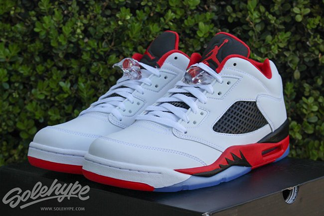 new style 26ec1 3f2eb Air Jordan 5 Low Fire Red Retro
