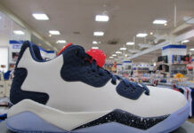 Jordan Air Spike 40 Low White Navy Blue