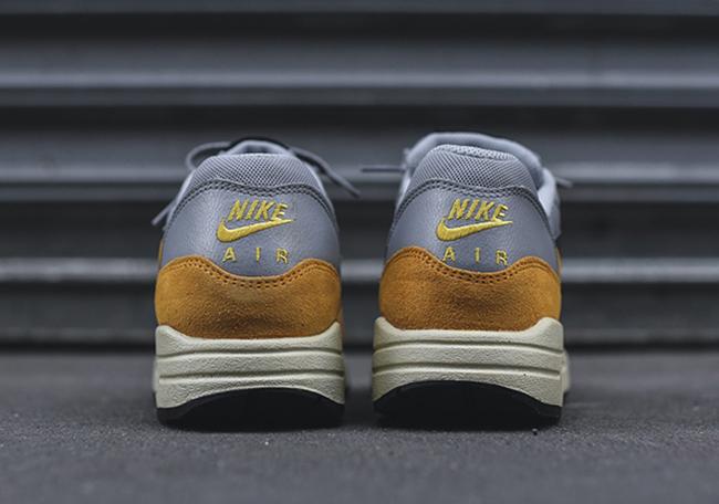 Nike Air Max 1 Gold Leaf