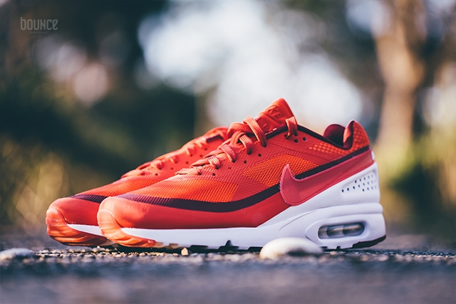 design intemporel 84fe3 74636 Nike Air Max BW Ultra University Red | SneakerFiles