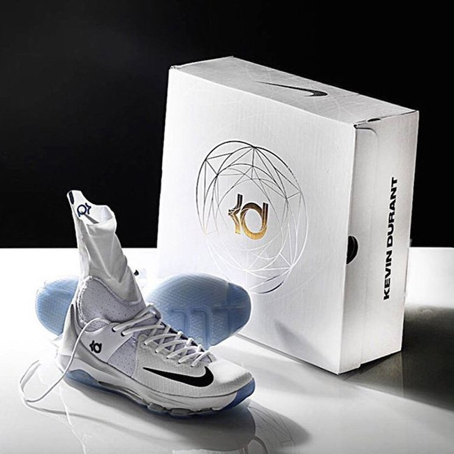 Nike KD 8 Elite Box Packaging