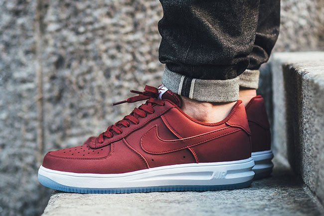 reputable site 8b103 0b5fd Nike Lunar Force 1 14 Team Red