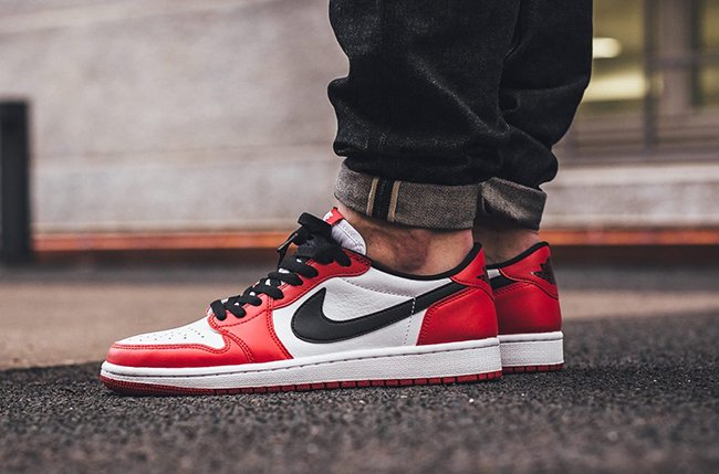 e1f0b37e703 Air Jordan 1 Low OG Chicago Release Date | SneakerFiles