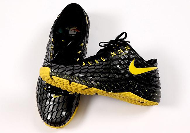sale retailer 16f79 4c1ca Oregon Ducks Nike Lunar Trout 2 Turf