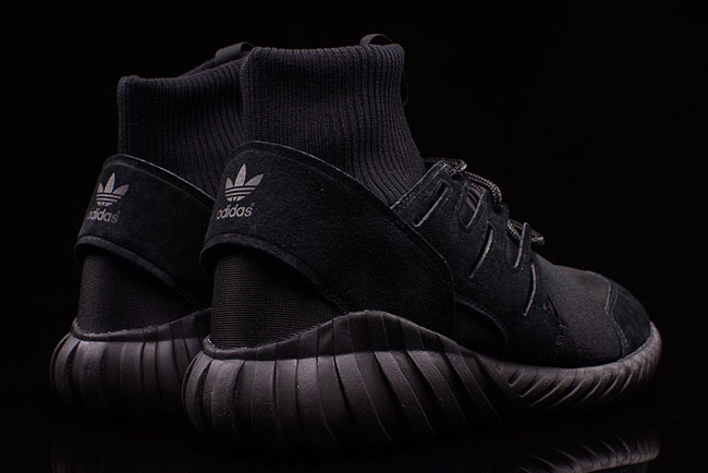 adidas Originals Tubular Doom Triple Black
