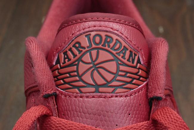Air Jordan 2 Low Gym Red Hyper Turquoise