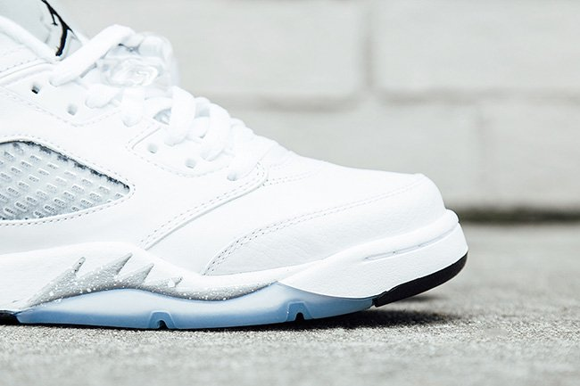 Air Jordan 5 Low GS White Wolf Grey Release