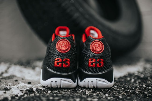 Air Jordan 9 Low Snakeskin Bred