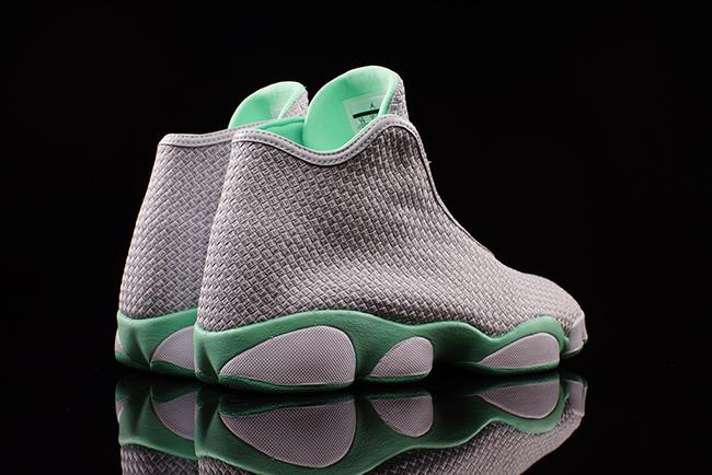 Air Jordan Horizon Green Glow