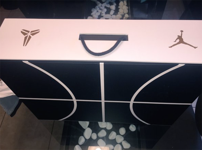 Air Jordan Kobe Pack Box Packaging