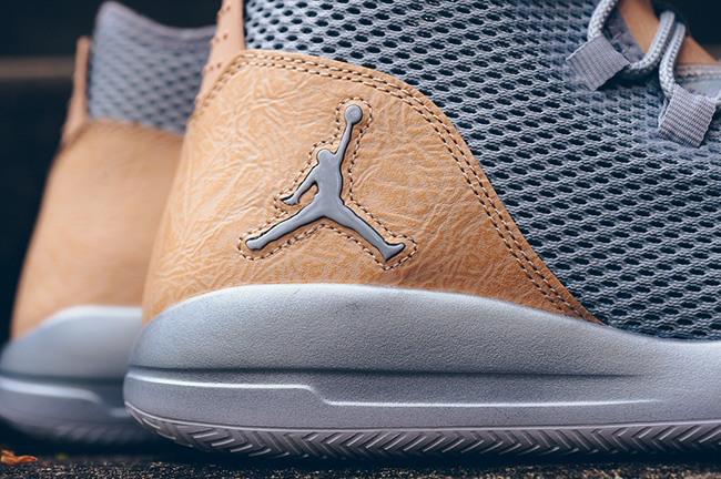 Jordan Reveal Premium Wolf Grey