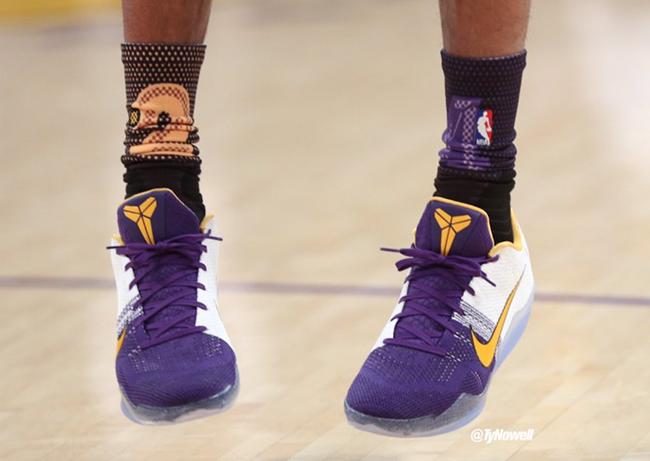 6b79b84d9172 Kobe Bryant Stance Socks