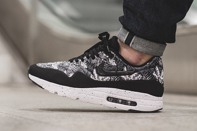 nike air max 1 ultra moire black white floral sneakerfiles. Black Bedroom Furniture Sets. Home Design Ideas