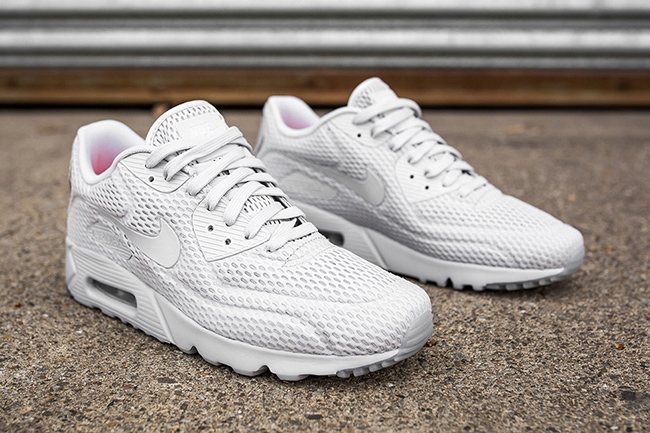 Nike Air Max 90 Ultra Pure Platinum | SneakerFiles