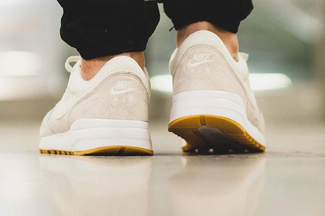 Zapatillas Nike Odisea De Aire De Gamuza En Negro h7YhSFJ