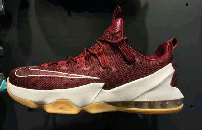 Nike LeBron 13 Low Cavs