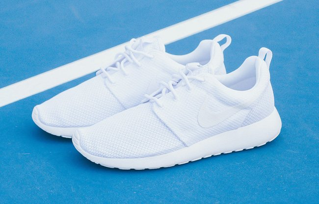 official photos 6a434 92c43 Nike Roshe One Triple White | SneakerFiles