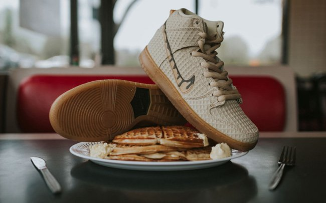 lowest price 81098 25e81 Nike SB Dunk High Chicken Waffles