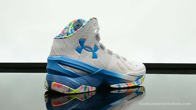 Surprise Party Under Armour Curry 2
