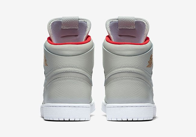 Air Jordan 1 High Nouveau Pure Platinum