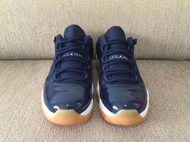 Air Jordan 11 Low Midnight Navy Gum